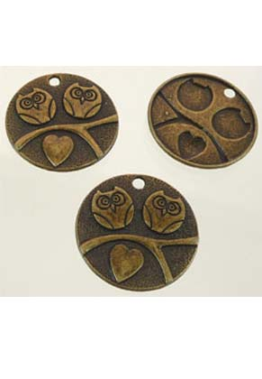 www.snowfall-beads.com - Metal pendants/charms flat round decorated with owls and heart ± 25x2mm