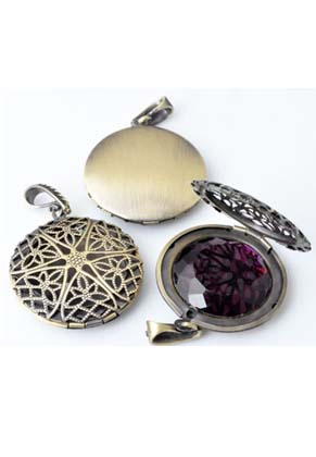www.snowfall-beads.com - Metal pendants/charms locket round decorated with setting for ± 24mm flatback ± 46x32mm