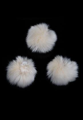 www.snowfall-beads.de - Synthetik Flusenkugel mit elastischer Schlaufe ±70mm