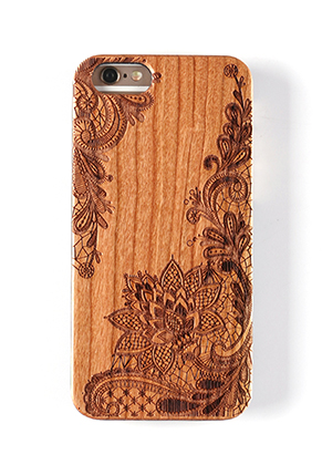 www.snowfall-fashion.fr - Housse pour portable back cover iPhone 7 / iPhone 8 en bois 14x6,9x1cm