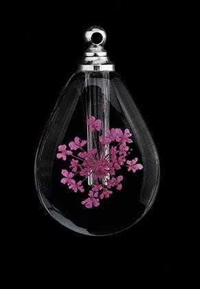 www.snowfall-beads.nl - Glazen flesje met metalen dopje en gedroogde bloem 33x19,5x7,5mm