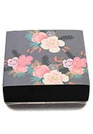 www.snowfall-beads.com - Cardboard gift box with flowers 13,5x13x4cm - D29173