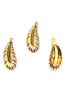 www.snowfall-beads.co.uk - Metal pendants feather 36x14mm - D29869