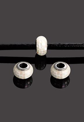 www.snowfall-beads.be - Groot-gat-style kunststof kraal rondel met parelmoer 12x8mm