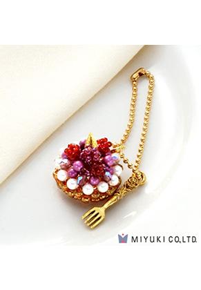 www.snowfall-beads.be - Miyuki sieradenpakket bedel taartje Sweets Charm No. 22 Berry Tart