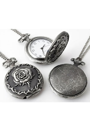 www.snowfall-fashion.co.uk - Metal necklace 75cm with clock/watch rose 56x40mm