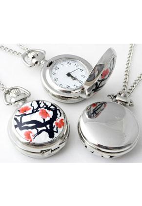 www.snowfall-beads.fr - Collier en métal 77cm avec pendule/montre céramique avec fleurs 43x29mm