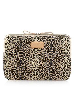 www.snowfall-fashion.nl - Kayond laptop sleeve 15,4 inch met panterprint 38x26x2cm