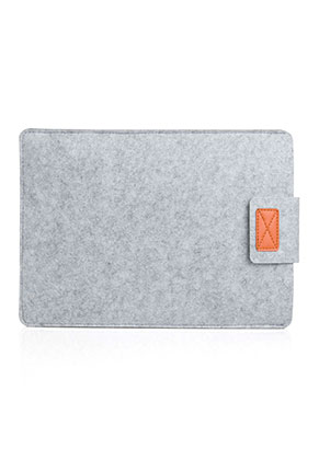 www.snowfall-fashion.nl - Vilten laptop sleeve 13 inch (A1706 & A1708) 34x24,5x1,5cm