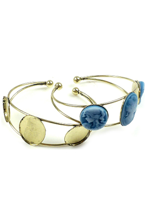 www.snowfall-beads.com - DoubleBeads metal cuff bracelet ± 18,5cm with settings for ± 25x18mm and ± 18mm flat backs