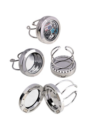 www.snowfall-beads.com - Metal finger ring with Floating Charm Locket adjustable size