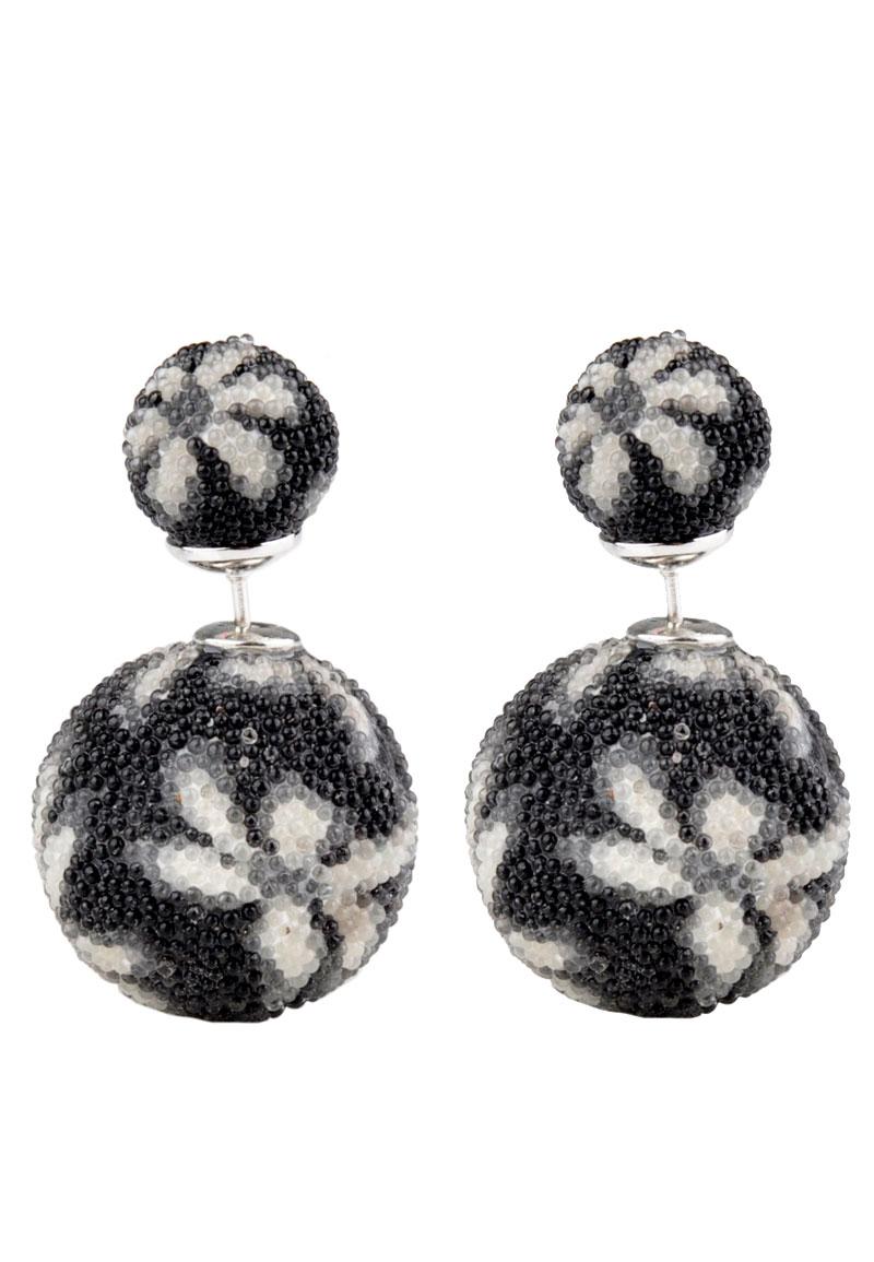 boucles d 39 oreille double perle avec fleur 28x18mm. Black Bedroom Furniture Sets. Home Design Ideas