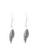 www.snowfall-fashion.com - Metal earrings with feather/leaf 52x9mm - J07195