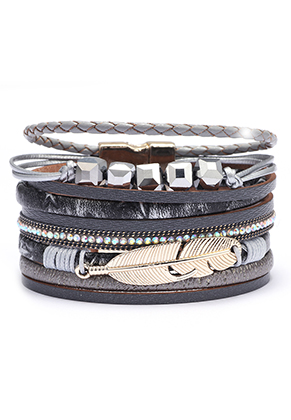 www.snowfall-fashion.com - Imitation leather bracelet with feather and beads 19cm
