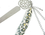 www.snowfall-beads.nl - Inspiratie: Bookmark with Feather