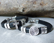 www.snowfall-beads.com - Jewelry project: Leather men's bracelets