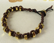 www.snowfall-beads.co.uk - Jewelry project: Macrame hexnut bracelet
