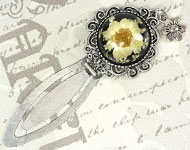 www.snowfall-beads.com - Jewelry project: Vintage Bookmark