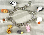 www.snowfall-beads.com - Jewelry project: Animal Charm Bracelet