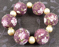 www.snowfall-beads.com - Jewelry project: Textile Flower Bracelet