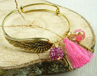 www.snowfall-beads.com - Jewelry project: Bangle Bracelet