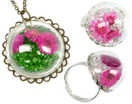 www.snowfall-beads.com - Jewelry project: Glass Dome Jewelry