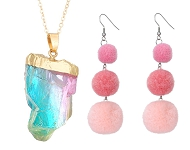 www.snowfall-beads.de - Neue Ohrringe mit Pompons und Traumfänger