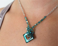 www.snowfall-beads.com - Jewelry project: Square Necklace