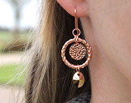 www.snowfall-beads.be - Sieradenproject: Rose gold Earrings