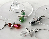 www.snowfall-beads.com - Jewelry Project: Christmas Wine charms