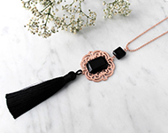 www.snowfall-beads.fr - Projet Bijoux: Tassel Necklace